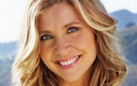 Celebrity Birthdays - Sarah Chalke (1976)